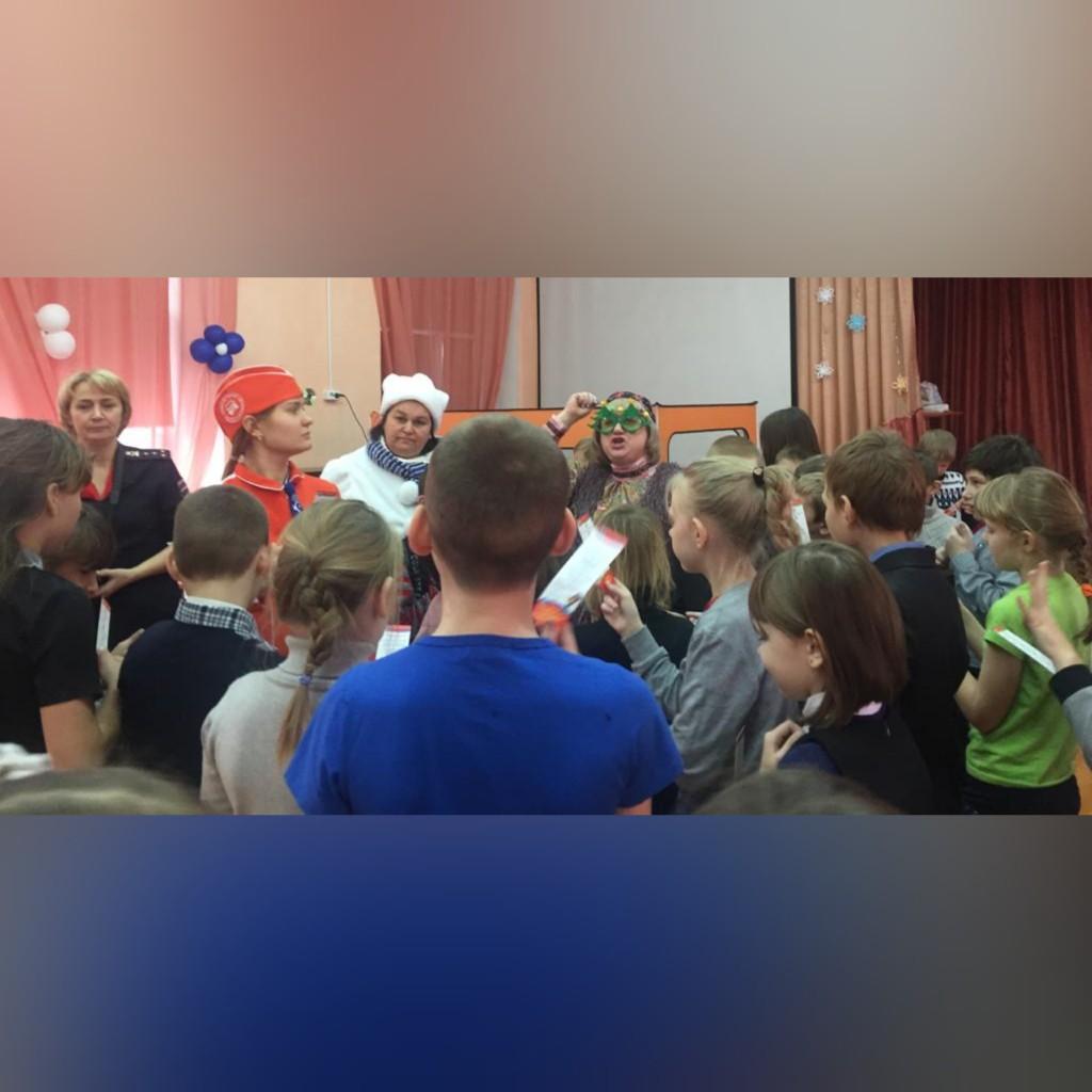 Новогодния ПДД-ка прошла в Черногорской школе-интернат