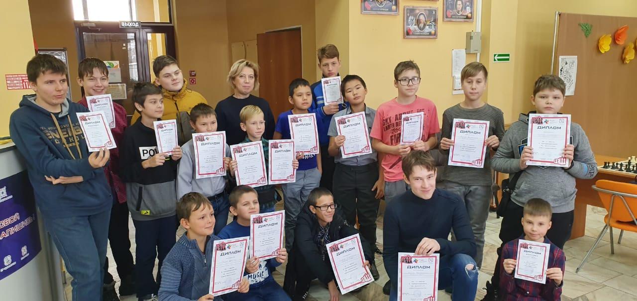 Прошли соревнования по шахматам «Квантошахматы»