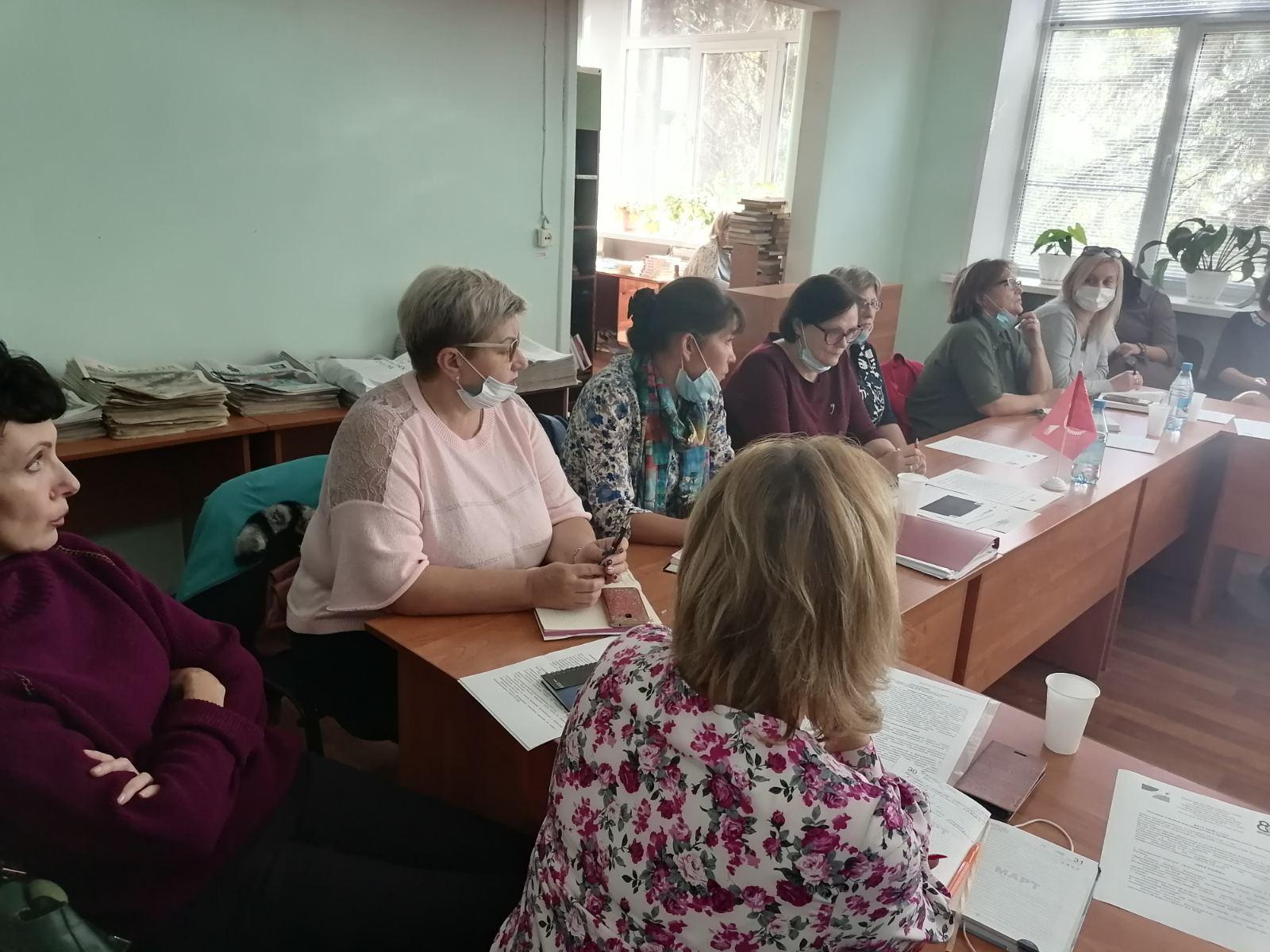 Методисты Регионального модельного центра допобразования детей приняли участие в круглом столе «Техники и модели наставничества в профессиональном образовании»