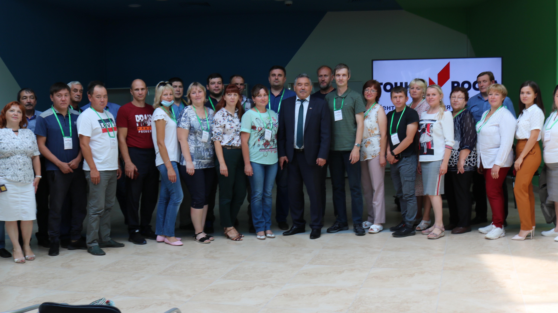 В технопарке «Кванториум «Хакасия» открылась образовательная сессия Федеральной сети центров цифрового и гуманитарного профилей «Точка роста»