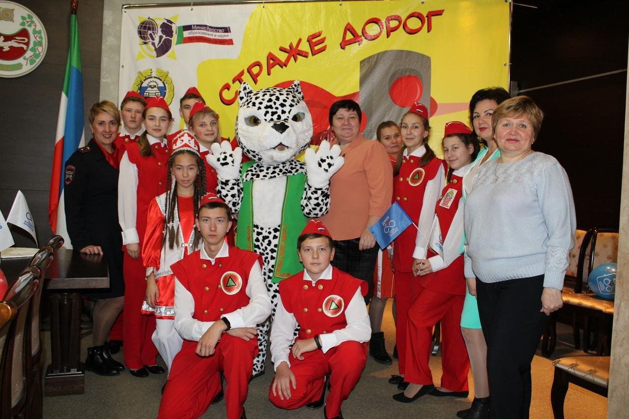 Участие в телемосте приняли юные инспекторы движения Хакасии, представив Сибирский федеральный округ
